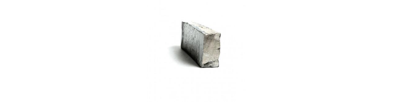 Metals Rare Hafnium buy cheap from Auremo